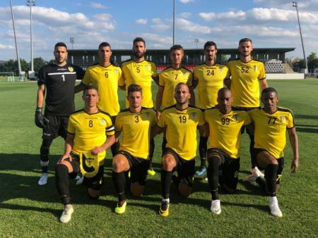 Carlos Cuéllar starts in the first friendlies with Beitar